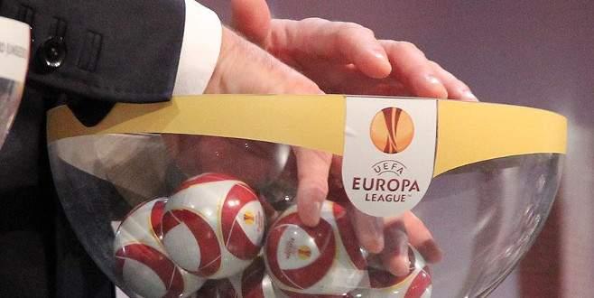 Blatter'den 'kuralarda hile' iddiası
