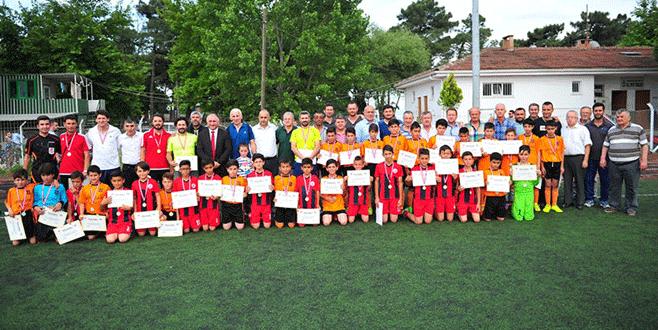 U-12 Yaş Ligi'nde heyecan sona eriyor