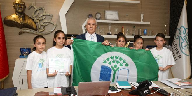 """""""Yeşil Bayrak"""" başarısını Bozbey ile paylaştılar"""