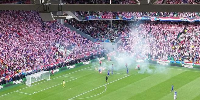 Çek Cumhuriyeti – Hırvatistan maçına patlayıcı damgası
