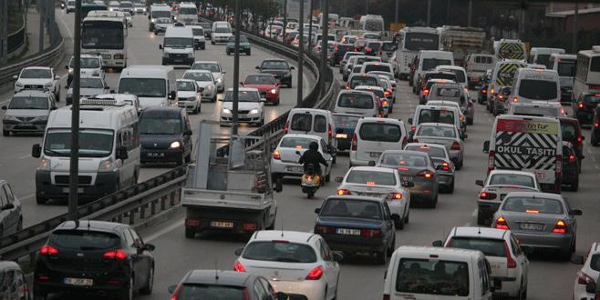 Bursalılar bugün trafiğe dikkat!