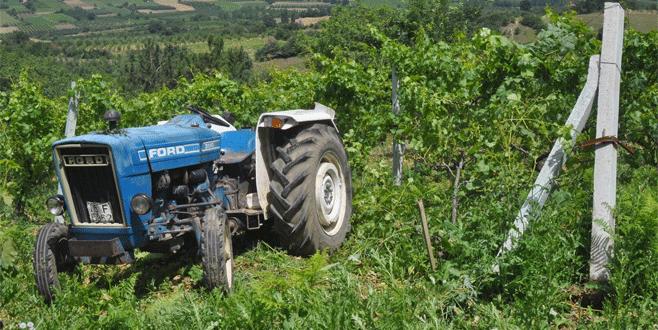 Bursa'da feci ölüm: Traktörün altında can verdi