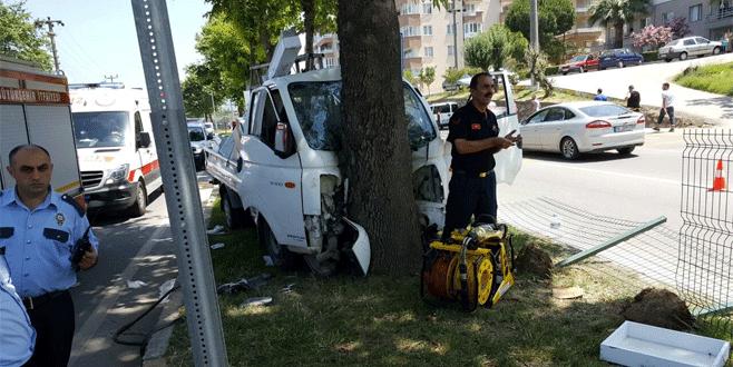 Bursa'da feci kaza: 3 yaralı
