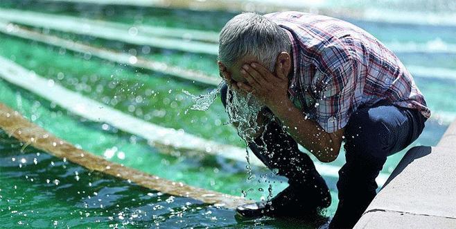Sağlık Bakanlığı'ndan sıcak çarpması uyarısı
