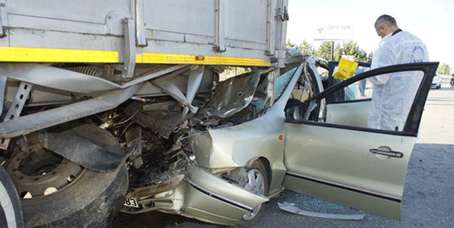 Feci kaza: Aynı aileden 3 kişi öldü!