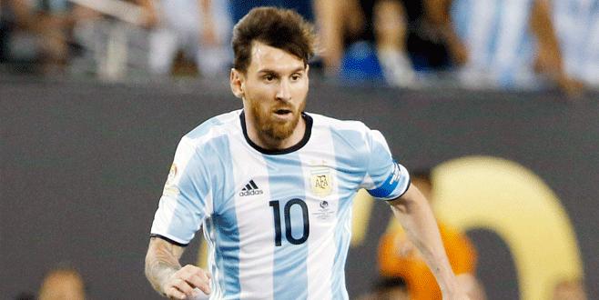 Lionel Messi Arjantin'i bıraktı!