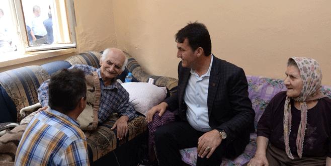 Osmangazi'den yaşlı adama yardım eli