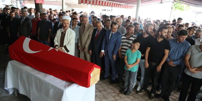 Hain saldırıda hayatını kaybeden Adem Kurt, Bursa'da toprağa verildi