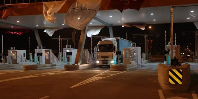 Osmangazi Köprüsü'nden araç geçişleri başladı