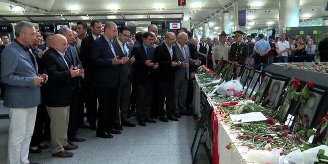 Cumhurbaşkanı Erdoğan'dan Atatürk Havalimanı'na ziyaret