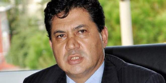 Kemer Belediye Başkanı, MHP'den istifa etti