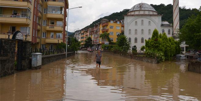 Sel felaketinde hayatını kaybedenlerin sayısı arttı