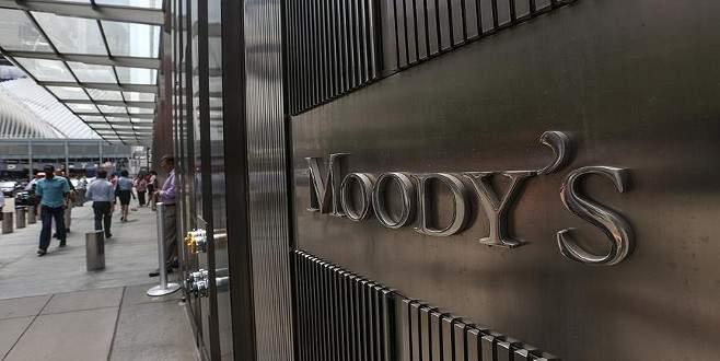 Moody's'ten İngiltere'ye kötü haber