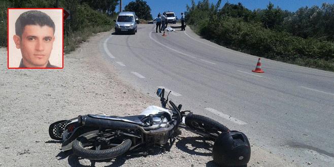 Bursa'da otomobil, motosikletliye çarpıp kaçtı! 1 ölü