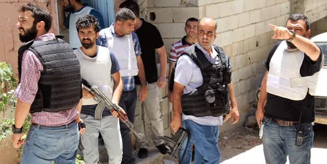 Devriye gezen polis aracına silahlı saldırı