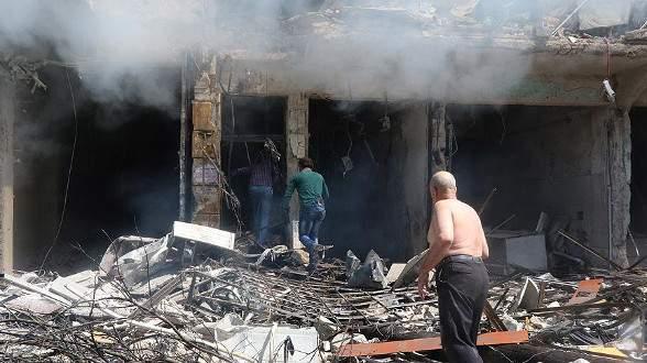 Rus uçakları ve Esed rejimi Halep'i bombaladı: 8 ölü