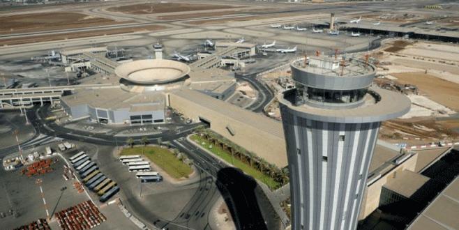 Gazeteci uçaklara 'bomba' yerleştirdi