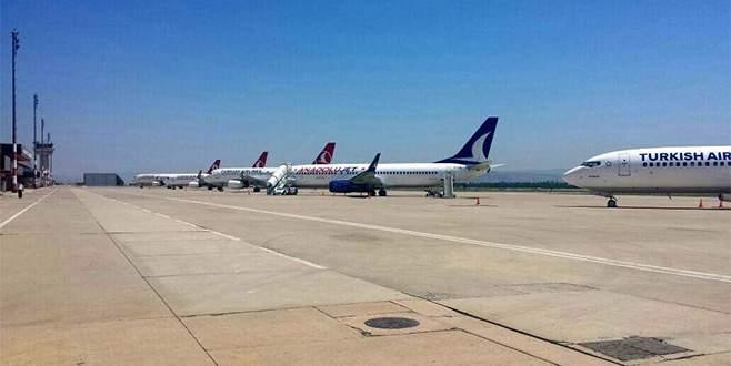 Bursa'da uçaklar apronda bekliyor!