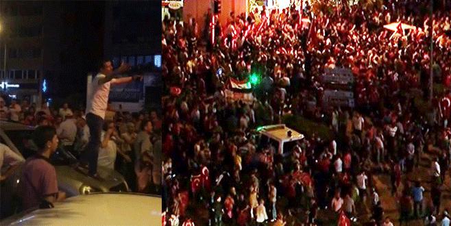Bursa'daki darbeye lanet mitinginde linç girişimi