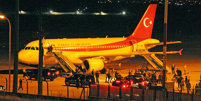 Cumhurbaşkanı Erdoğan'ı taşıyan uçak F-16'ları atlattı