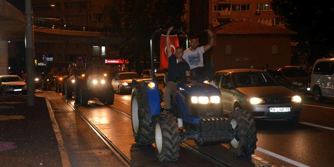 Bursa'da traktörler şehre indi