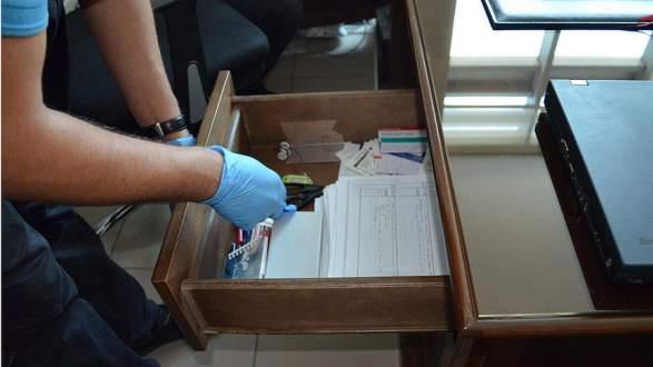 Gözaltındaki hakimin çekmecesinden darbe sonrası kullanılacak dilekçe çıktı