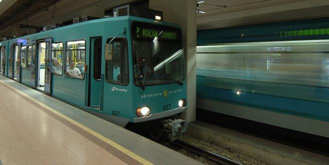 Bursa'da ücretsiz metro seferleri devam ediyor