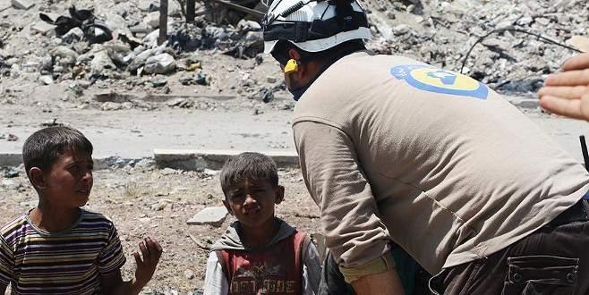 Esad güçleri ve Rus uçakları Halep ile İdlib'e saldırdı: 27 ölü