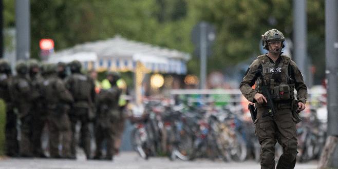 Münih'te AVM'de ateş açıldı: 6 ölü