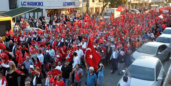 Bursa Kent Konseyi'nden 'Demokrasi Yürüyüşü'