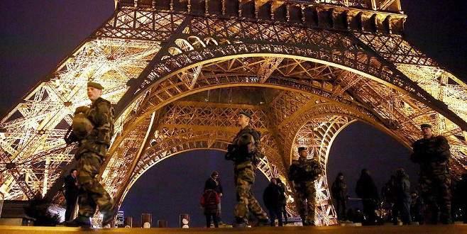 Fransa AİHS'nin askıya alındığını Avrupa Konseyi'ne bildirdi