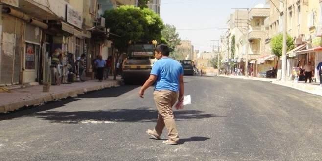 Nusaybin'de parke taşlar söküldü, yollar asfaltlandı