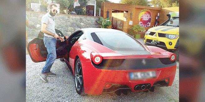 Ferrari'sini geri aldı