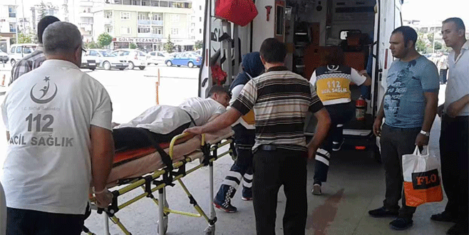 Bursa'da su tankının altında kalan genç ağır yaralandı
