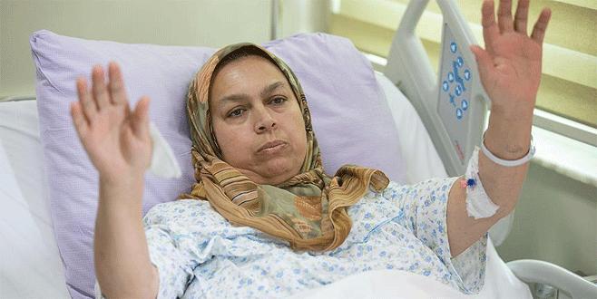 TV'de şehit olduğu haberini duyan kadın hastanede tedavide
