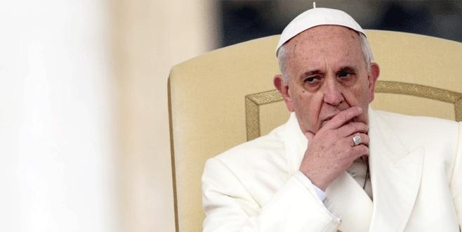 Papa'nın kafası karışık