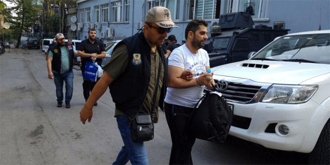 Bursa'daki FETÖ operasyonunda 17 kişi adliyeye sevk edildi