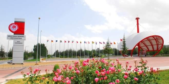 SDÜ'de 275 akademik ve idari personel açığa alındı