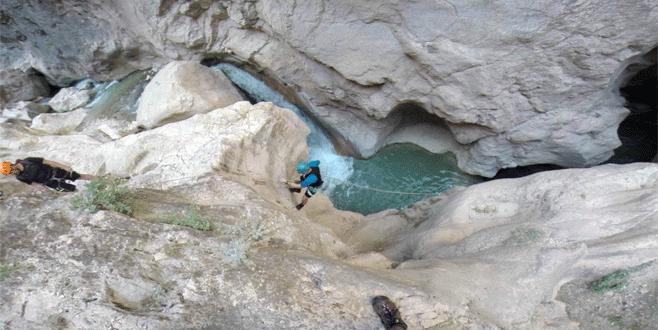 Bursalı dağcılar Harmankaya Kanyonu'nu keşfetti