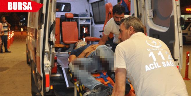 Park halindeki TIR'a arkadan çarptı: 1 yaralı