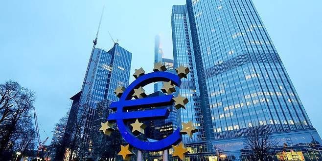 Euro Bölgesi'nde temmuz bileşik PMI, ılımlı büyümeye işaret etti
