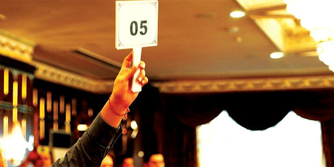 Bursa'da FETÖ'ye 'açık artırmalı himmet'