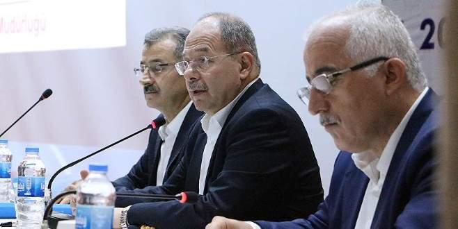 Sağlık Bakanı: Doktorları özel sektörde çalışan eşinin yanına yollamayacağız