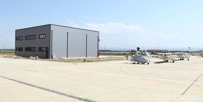 Eğitim uçaklarına hangar