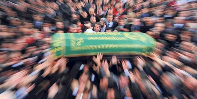Hain saldırıda hayatını kaybedenler defnedildi