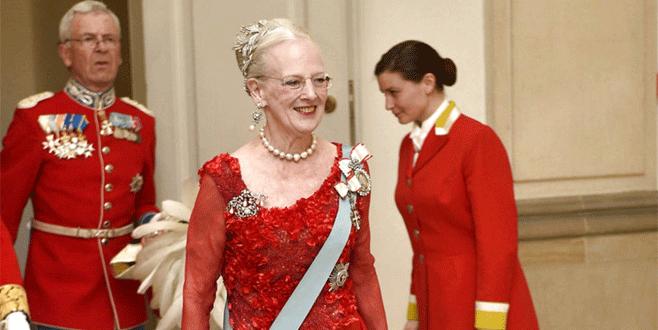 Kraliçe ziyaretini iptal etti