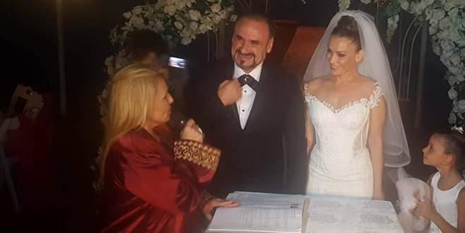 Ünlü tenor Hakan Aysev evlendi