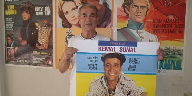 Bursalı eski sinema makinisti 15 bin film afişi biriktirdi