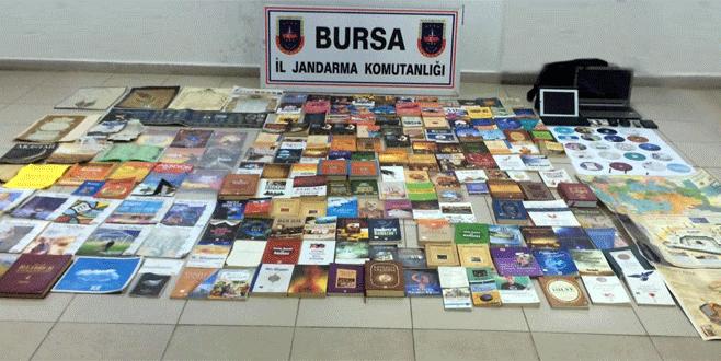 FETÖ kitaplarını zeytin varillerine saklayan 2 kişi gözaltına alındı
