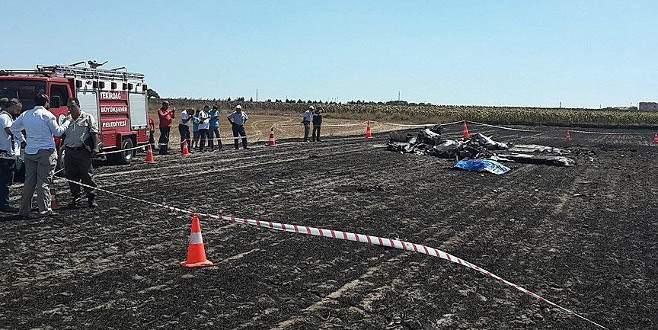 Sivil eğitim uçağı düştü: 2 ölü